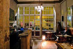 Bouche B Restaurant (Brunch) // 6 Rue de la Tacherie, 75004 Paris