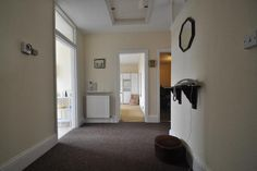 2 bed flat to rent in Woodville Gardens, Ealing W5 -              £1,400 pcm