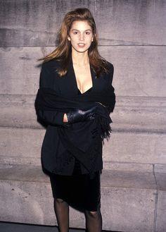 Cindy Crawford en 1990   <>   @kimludcom