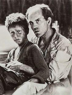 """Christian Bale y John Malkovich en """"El imperio del sol"""" (Empire of The Sun), 1987"""
