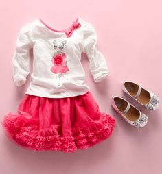 Toddler girls' fashion | Kids' clothes | Sets | Embellished top | Ruffle skirt | Glitter bow flats | The Children's Place