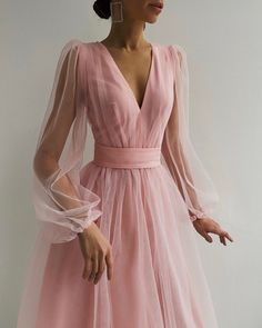 Slimming Fashion Tips .Slimming Fashion Tips Prom Outfits, Dress Outfits, Casual Dresses, Fashion Dresses, Formal Dresses, Formal Prom, Formal Wedding, Wedding Gowns, Pretty Dresses