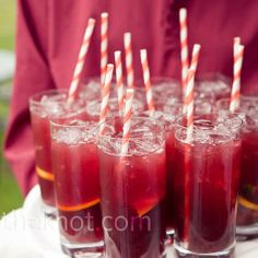 With a honeymoon in Barcelona, signature sangria drinks for the wedding? Perfect!