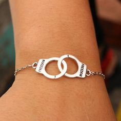 L177 Valentine's Gift Mujer Pulseras Bijoux New Fashion Vintage Freedom Handcuff Chain Bracelet Men Women Jewelry Charm Bangles
