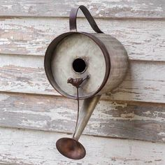 Watering Can Birdhouse Rustic Country Theme Outdoor Farmhouse Garden Decor * Check out the image by visiting the link. (This is an affiliate link) Rustic Watering Cans, Metal Watering Can, Primitive Homes, Primitive Country, Unique Home Decor, Vintage Home Decor, Vintage Farm, Vintage Style, Bird House Kits