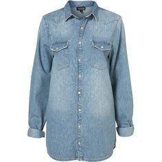 MOTO Oversized Denim Shirt (1,125 MXN) ❤ liked on Polyvore featuring tops, blouses, shirts, topshop, denim, bleach stone, oversized denim shirt, long sleeve shirts, blue denim shirt y oversized shirt