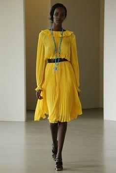 Oscar de la Renta, Nova York, Resort 2016 Desfiles FFW alta costura fest festa dress vestido fashion fashionista 2017 Summer verão 2016 primavera yellow amarelo