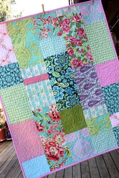 this would be a fun way to use all the fabric in my closet!
