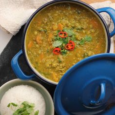 Vegansk mungbønnegryte Curry, Ethnic Recipes, Food, Curries, Meals, Yemek, Eten