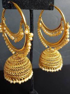New models Eringa Gold Jhumka Earrings, Indian Jewelry Earrings, Jewelry Design Earrings, Gold Earrings Designs, Indian Wedding Jewelry, Fashion Earrings, Bridal Jewelry, Fashion Jewelry, India Jewelry