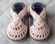 Crochet Baby sandals baby girl sandals by CozyCreationsbyJamie