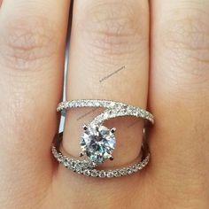 14K White Gold Plated 1.1/3CT Diamond Split Shank Engagement Ring For Women's #br925silverczjewelry #SplitShankEngagementRing