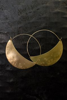 by Lila Rice, Large Crescent Hoops Jewelry Crafts, Jewelry Art, Jewelry Accessories, Fashion Accessories, Handmade Jewelry, Jewelry Design, Bijoux Diy, Piercings, Hoop Earrings