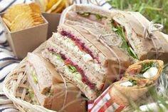 Llevar unos ricos sandwiches preparados también es una excelente opción. Foto: Pinterest Amanda Burgue