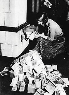 Als Heizmaterial war das Geld noch zu gebrauchen.