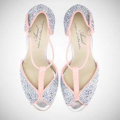 Bridesmaid shoes anyone?  www.annielshop.com  #anniel #annielshop #shoponline #butterfly #sandals #glitter #bridesmaid #bridesmaidshoes #heels #shine #love #wedding #shopnow #instore