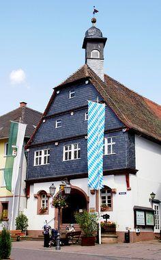 Amorbach, Marktplatz, Altes Rathaus (Old Town Hall)