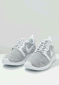 Find our Lowest Possible Price! Cheap Nike Roshe for Sale,! All kinds of nike roshe run shoes on sale! The latest fashion nike roshe run shoes are in the lowest price but the high quality. Nike Shoes Cheap, Nike Free Shoes, Nike Shoes Outlet, Running Shoes Nike, Cheap Nike, Running Shorts, Buy Cheap, Nike Sportswear, Cute Shoes