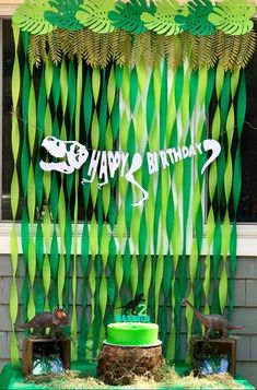 Ideas For Birthday Themes Boys Birthday Party At Park, Dinosaur Birthday Party, 4th Birthday Parties, Elmo Party, Mickey Party, Birthday Boys, Dinosaur Party Decorations, Birthday Party Decorations, Festa Jurassic Park
