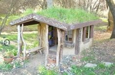 Try building this cob playhouse for a naturally cool kid's zone. From MOTHER EARTH NEWS magazine.