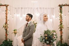 Rojê👸 Pinterest:@RojeFAbdollah Foto Wedding, Wedding Photo Booth, Wedding Stage, Wedding Art, Dream Wedding, Pre Wedding Poses, Wedding Couple Poses, Pre Wedding Photoshoot, Wedding Couples