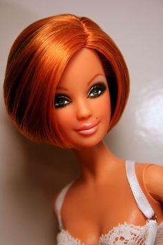 Barbie looks great with short red hair Charles Rennie Mackintosh, Beanie Babies, Poppy Parker, Beautiful Barbie Dolls, Black Barbie, Little Doll, Barbie Collection, Barbie Friends, Barbie World
