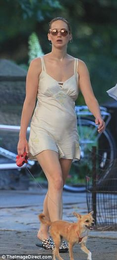 Jennifer Lawrence wears silk romper in New York Jennifer Lawrence Bikini, Jennifer Lawrence Style, Nicholas Hoult, Chris Martin, Old Actress, American Actress, Mtv, Jenifer Lawrens, Jennefer Lawrence