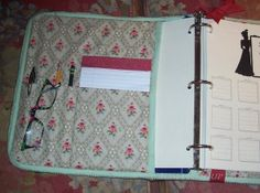 love this binder cover...from http://dianeshiffer.com/2012/01/heres-another-thing-i-wanna-do-this-year/