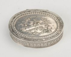 An oval continental silver snuff box, French, 19th century