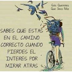 You know you're on the right track when you lose interest in looking back ☺✌  #keepwalking #right #try #quoteoftheday #wisdom #trust #true #inspire #awake #aware #alive #love #people #gaia #GaiaQueremosQueSeasFeliz #Namaste