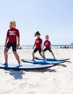 One of the best things to do on the Gold Coast, Australia is learning to surf! #familytravel #travelaustralia #surfaustralia #surf #travelkids