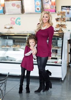 Mommy and Me Black Pleather Leggings - Ryleigh Rue Clothing by Modern Vintage Boutique #VintageKidsFashion Mother Daughter Fashion, Mother Daughter Matching Outfits, Mommy And Me Outfits, Mom Daughter, Little Girl Outfits, Mother Daughters, Outfits Madre E Hija, Vintage Kids Fashion, Leila