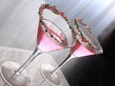 How to make a martini - Refreshing pink martini recipe | Quericavida.com