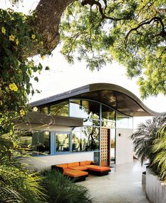modern, casual style . Giefer Toro Canyon Home . Santa Barbara Magazine