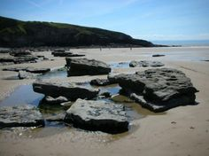 Southerndown Beach, nr Bridgend, Wales. 'Suds' Beach is the second largest sandy beach on the coast of South Wales outside of Barry. It also has the second largest tidal range in the world.