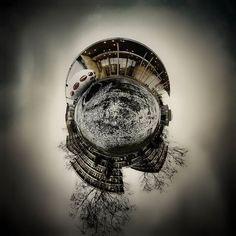 #ufo #futuro #flyingsaucer #pinakothekdermoderne #pinakothek #pinakotheken #munich #münchen #kunststoffhaus #mattisuuronen #50thanniversary #futurohaus #plastichouse #kultur #culture #bavaria #museum #ausstellung #360grad #360gradmünchen #360photo #panorama #360panorama #lifeallin #explorein360 #lifeis360 #tinyplanetbuff #tinyplanet