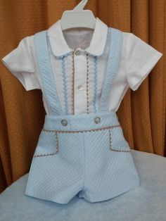 Conjunto niño 263204 Rosy Fuentes Children Suit, Foto Casual, Kids Suits, Baby Boy Outfits, Vintage Outfits, Fashion Dresses, Rompers, Sewing, Clothes