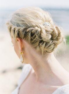 low braided bun  Photography by gabeaceves.com