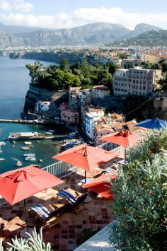 La Minervetta / Naples
