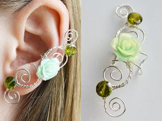 Shop put  favorites, we often have discounts and promotions! Pls, keep an eye on the store - https://www.etsy.com/ru/shop/EarringsEarcuffs      I make a gift with every order :)      Fine jewelry from silver wire, will enchant you with bright red, single rose, proudly raised in the middle of the composition. The queen of the queens of roses of different colors, it symbolizes a real, passionate, and at the same time loving care. For a moment, it may seem that lifeless resin flower exudes a…