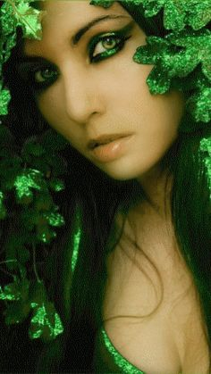 Green Girl Mobile Screensavers available for free download.