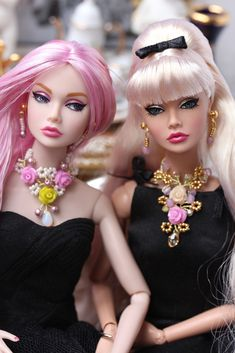 Two Poppy dolls in black | Flickr - Photo Sharing!
