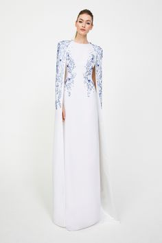 6b7623ddcc042 Jenny Packham Fall 2019 Ready-to-Wear Collection - Vogue Cape Gown, Silk