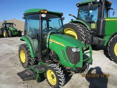 John Deere 3320 cab compact tractor John Deere Compact Tractors, Small Tractors, Garden Tractor Attachments, John Deere Equipment, Tractor Mower, Diesel, Flora, Farming, Green