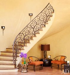 Another celeb non-surprise. ABSOLUTELY LOVE this staircase from Will and Jada Pickett-Smith's house