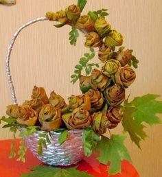 Crafts of autumn materials