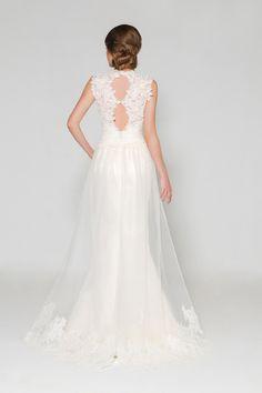http://www.modwedding.com/2014/10/28/effortlessly-beautiful-eugenia-couture-wedding-dresses-2015-spring/ #wedding #weddings #wedding_dress