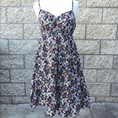 H&M Floral Dress Adjustable straps! Condition: Previously loved... Flaws: None. H&M Dresses