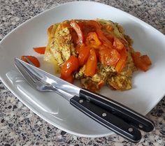 Een vies glutenvrij boterham smakelijk gemaakt met gebakken eieren chilipeper kaas en tomaten / A gluten free sandwich with fried eggs cheese chili pepper and tomato #glutenfree #glutenvrij #glutenfrei #singluten #sansgluten #senzaglutine #coeliakie #celiac #lactosefree #dairyfree #wheatfree #food #vegetarian #recipe #recept #nutsfree #notenvrij #tasty #delicious #foodie #foodstagram #foodporn #realfood #paleo #monday #lunch by glutenvrij_kookhoekje