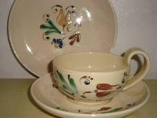 """Kähler (Herman A. Kähler) tea cup """"Løjtnantshjerte"""". Plate D: 18,50 cm from 1930-40s. Signed HAK. #kahler #ceramics #pottery #hak #tea #cup #dansk #keramik #tekop #danish. SOLGT/SOLD."""